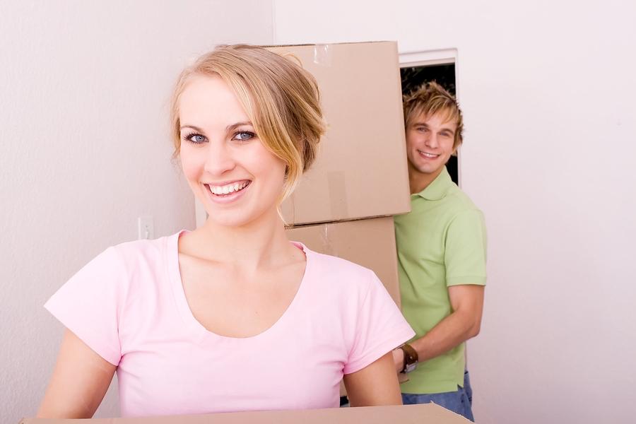 woman-pink-shirt-new-home