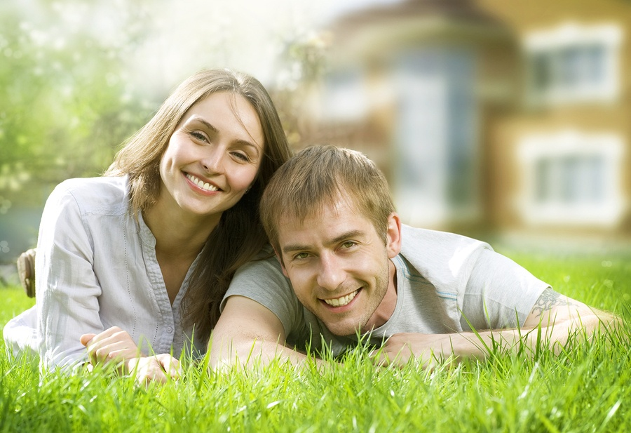 Happy Homebuyers Who Planned Their Home-buying Journet